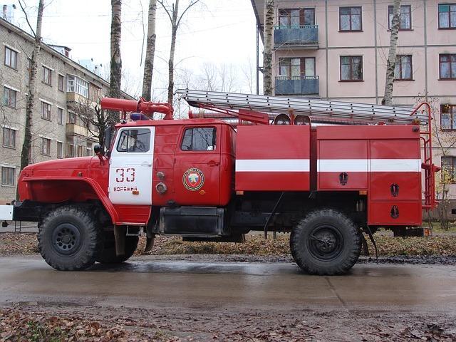 Samochody pożarnicze polskiej straży pożarnej