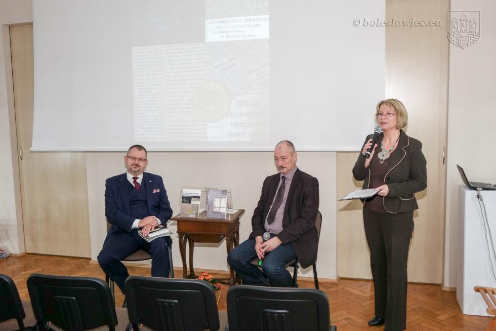 """""""Służba Bezpieczeństwa wBolesławcu (1957-1990). Zarys problematyki"""""""
