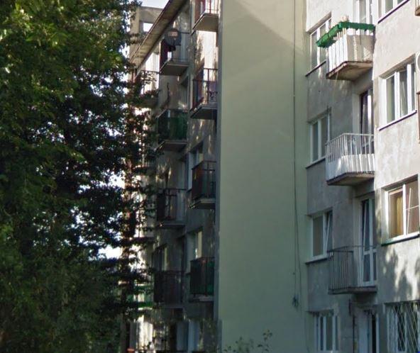 Pijany amator wspinaczek włamał się domieszkania na 3 piętrze